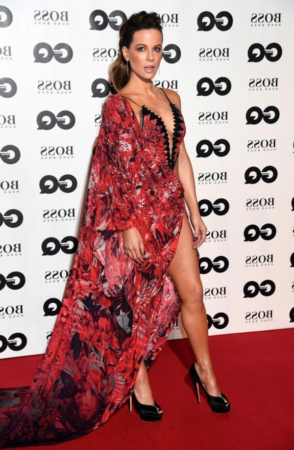Kate Beckinsale Sexy Photos 10