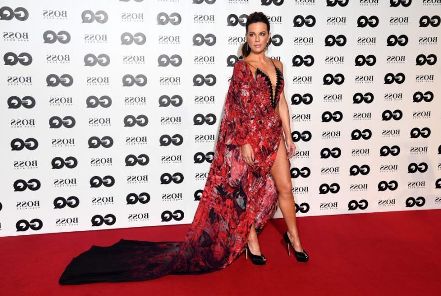 Kate Beckinsale Sexy Photos 9