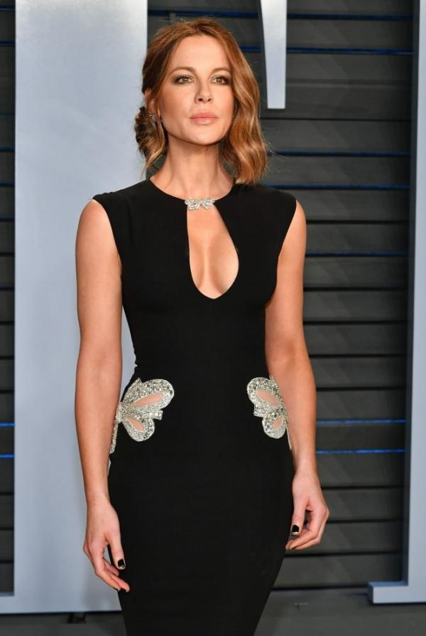 Kate Beckinsale Sexy Pics 13