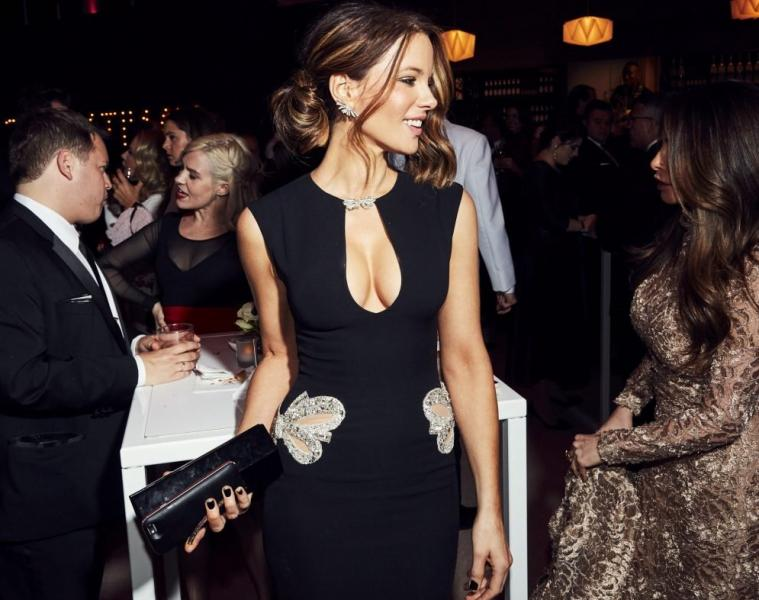 Kate Beckinsale Sexy Pics 17