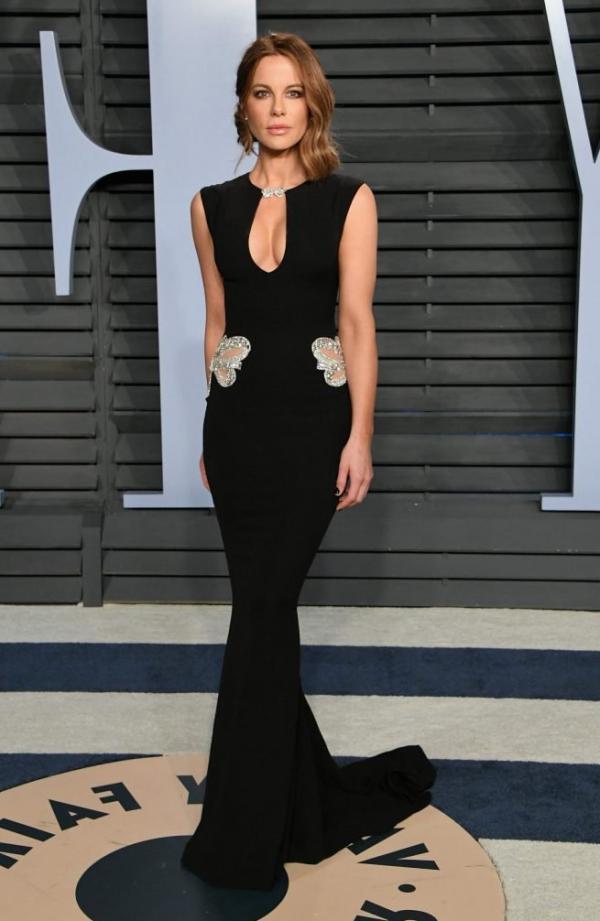 Kate Beckinsale Sexy Pics 20