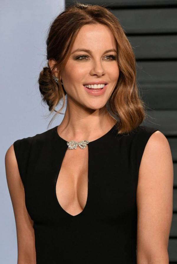 Kate Beckinsale Sexy Pics 21