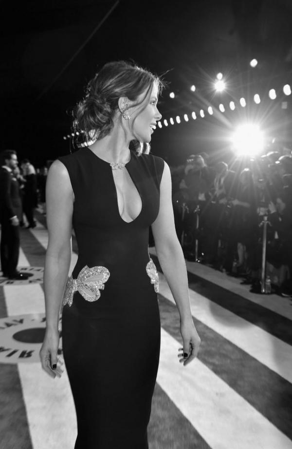 Kate Beckinsale Sexy Pics 26