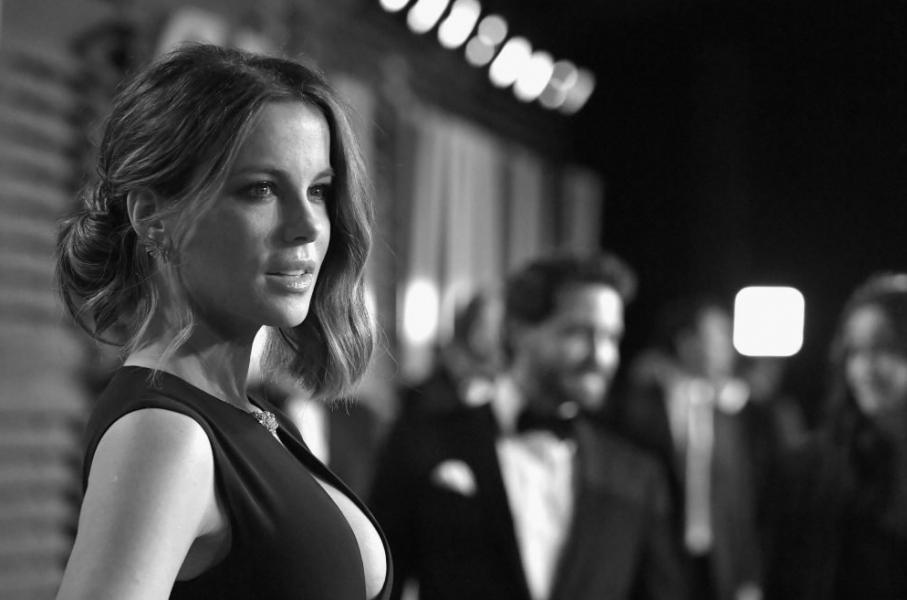 Kate Beckinsale Sexy Pics 27