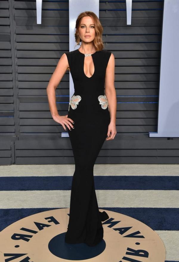 Kate Beckinsale Sexy Pics 28