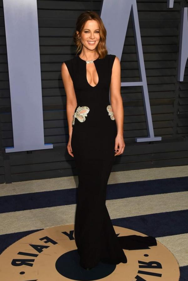 Kate Beckinsale Sexy Pics 30