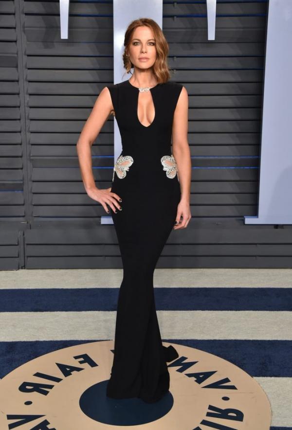 Kate Beckinsale Sexy Pics 5