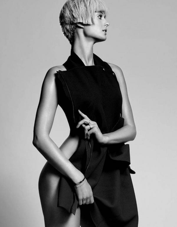 Kate Bock See Through Sexy Photos 3
