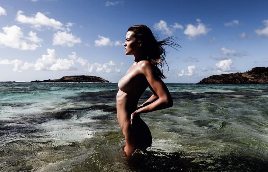 Katelyn Pascavis Nude Photos 13