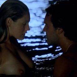 Kelly Brook Nude Survival Island Pics 6