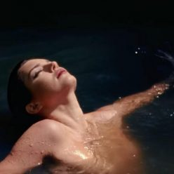 Kendall Jenner Topless Pics 6