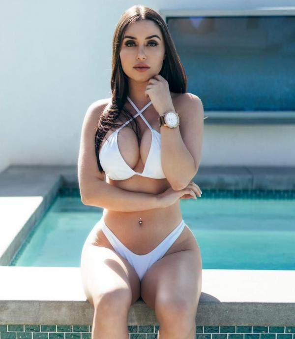 Laura Marie Sexy Fappening Photos 2