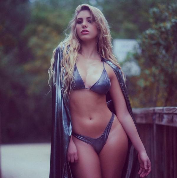 Lele Pons Sexy Topless Photos 56
