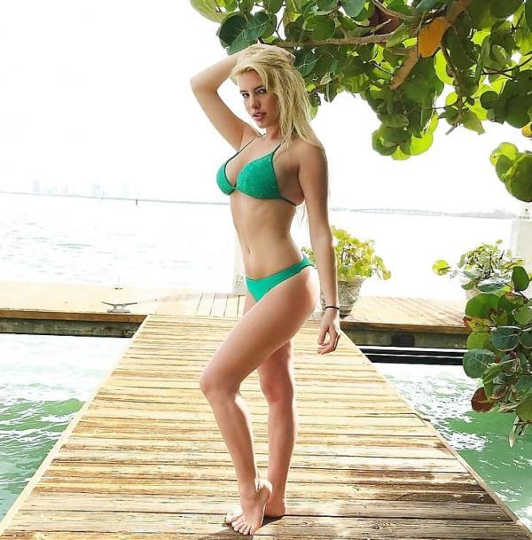Lele Pons Sexy Topless Photos 63