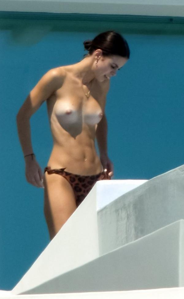 Lena Meyer Landrut Sexy Topless Photos 1