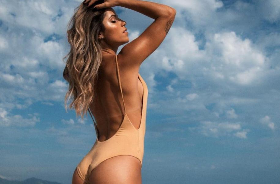 Leticia Bufoni Nude Sexy Photos 51