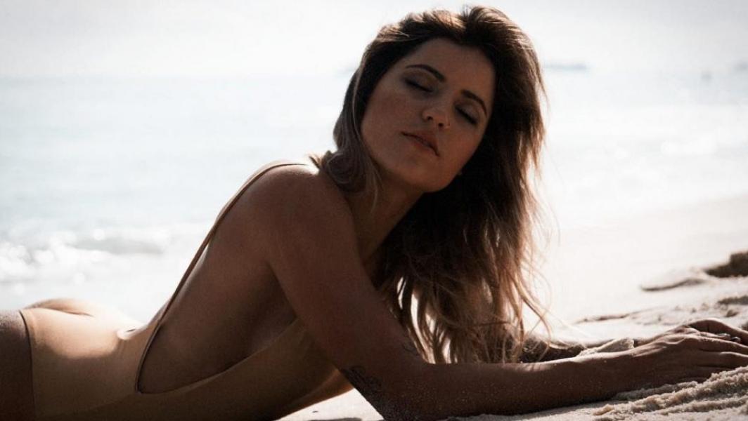 Leticia Bufoni Nude Sexy Photos 56