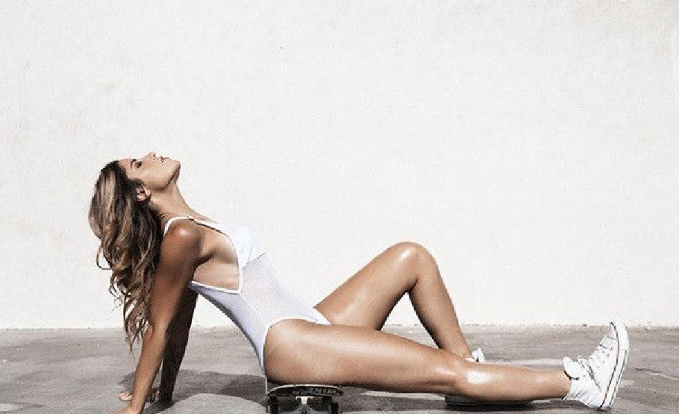 Leticia Bufoni Nude Sexy Photos 59