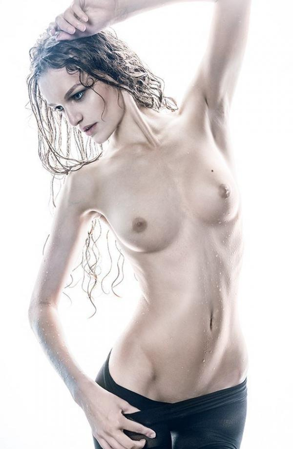 Liana Klevtsova Nude Photos 28
