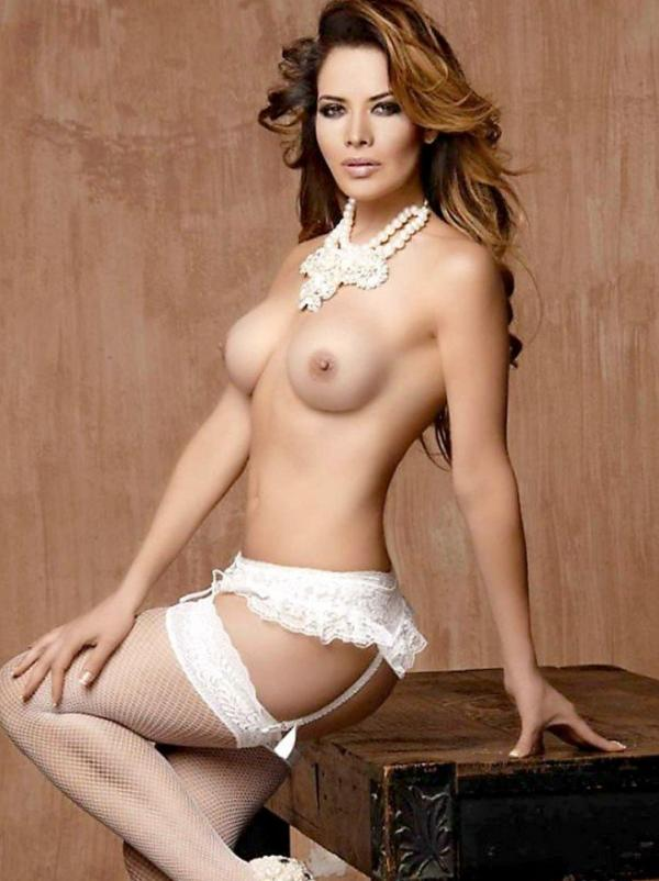 Lili Brillanti Nude Photos 10