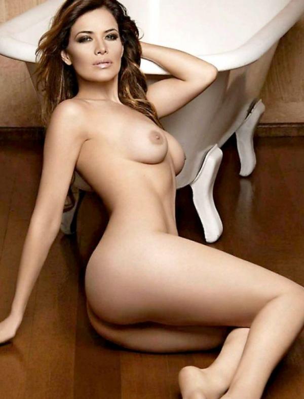 Lili Brillanti Nude Photos 7