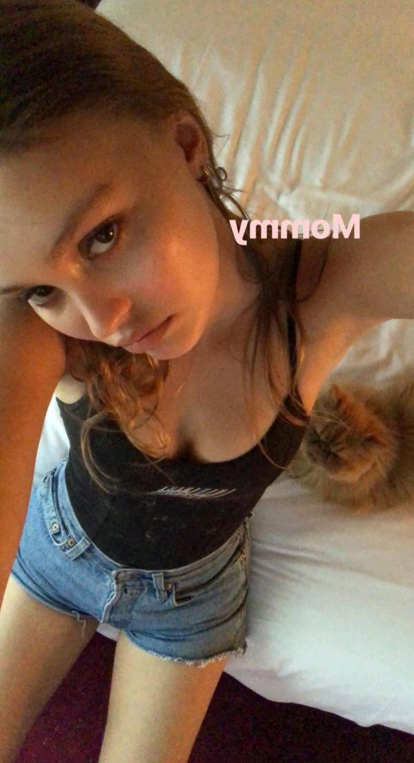 Lily Rose Depp Sexy Topless Photos 45