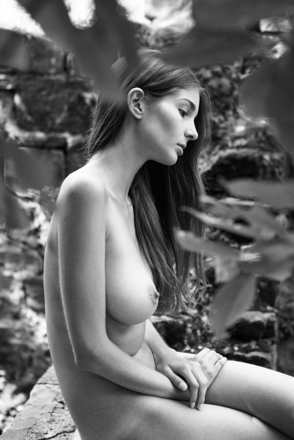 Lina Lorenza Nude Photos 11
