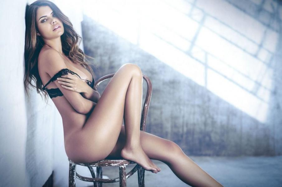 Linda Palacio Nude Sexy Photos 1