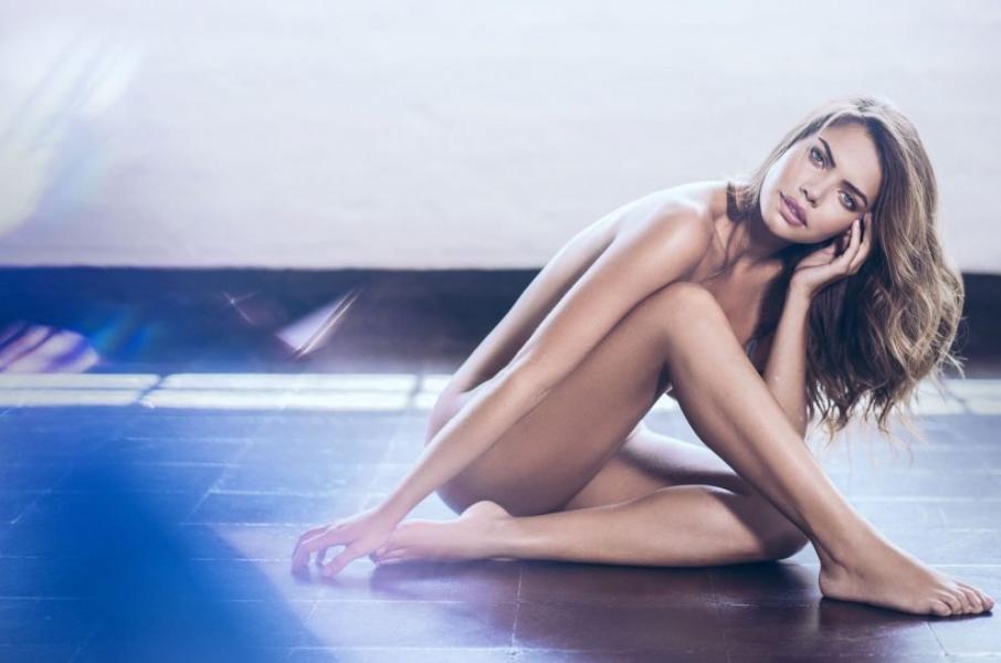 Linda Palacio Nude Sexy Photos 13