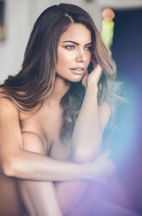 Linda Palacio Nude Sexy Photos 2