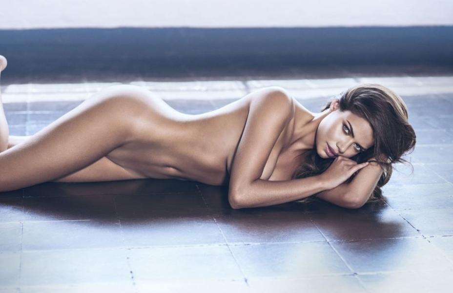 Linda Palacio Nude Sexy Photos 7