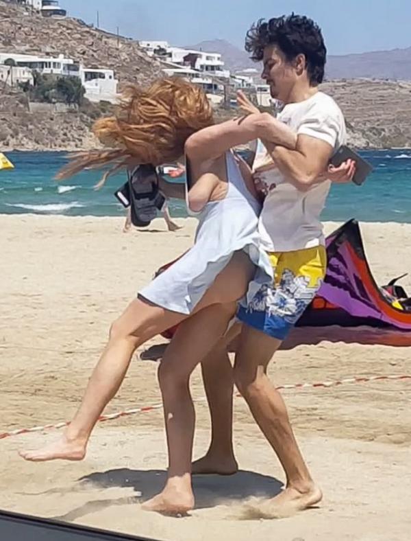 Lindsay Lohan Tit Slip Photos 1