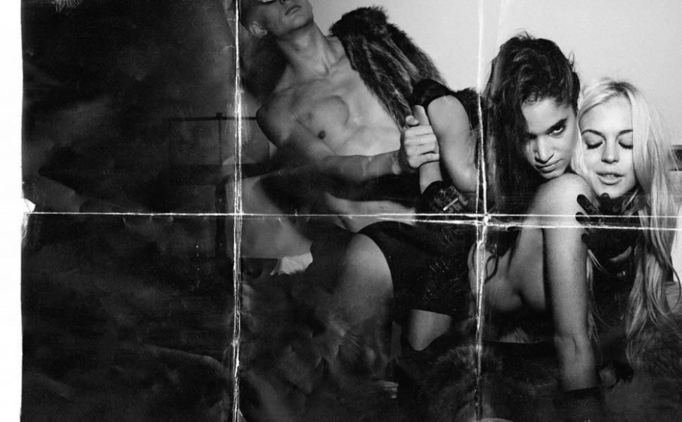 Lindsay Lohan Topless Sexy Photos 4