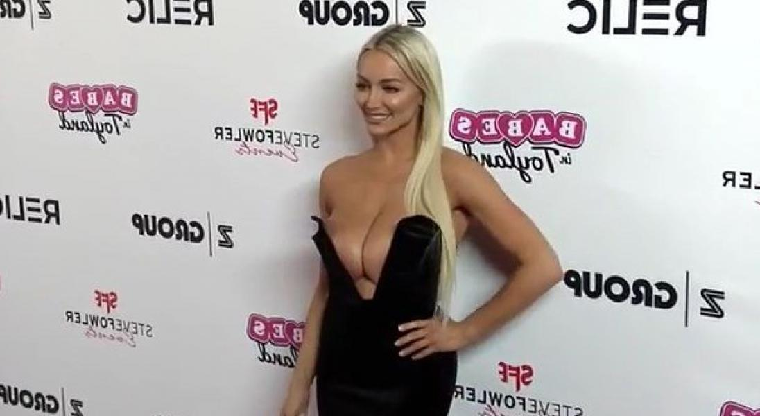 Lindsey Pelas Shows Off Her Huge Boobs For All Photos 36