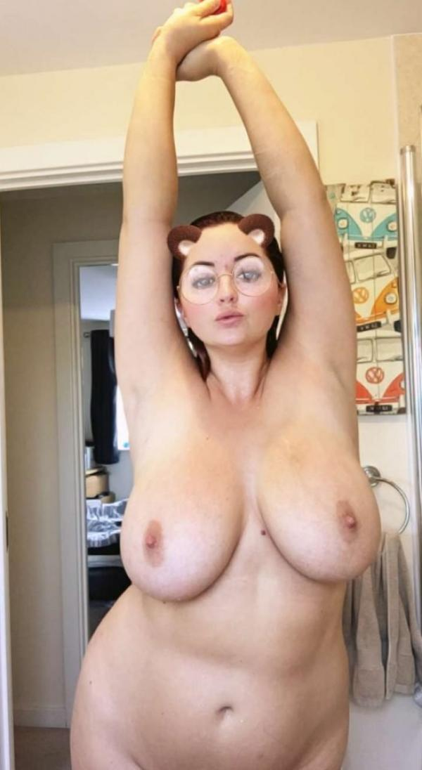 Lucy Collett Nude Photos 2