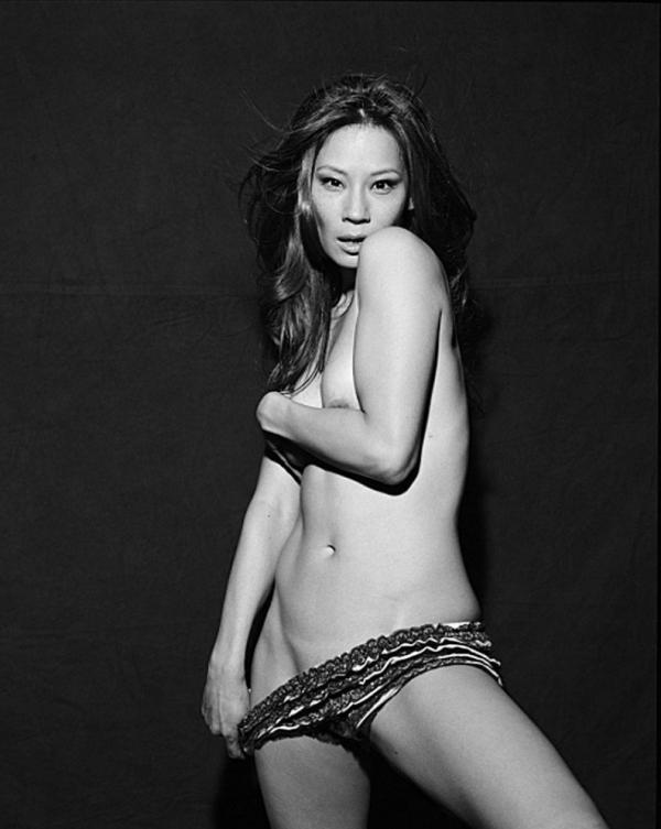 Lucy Liu Sexy Topless Photos 7