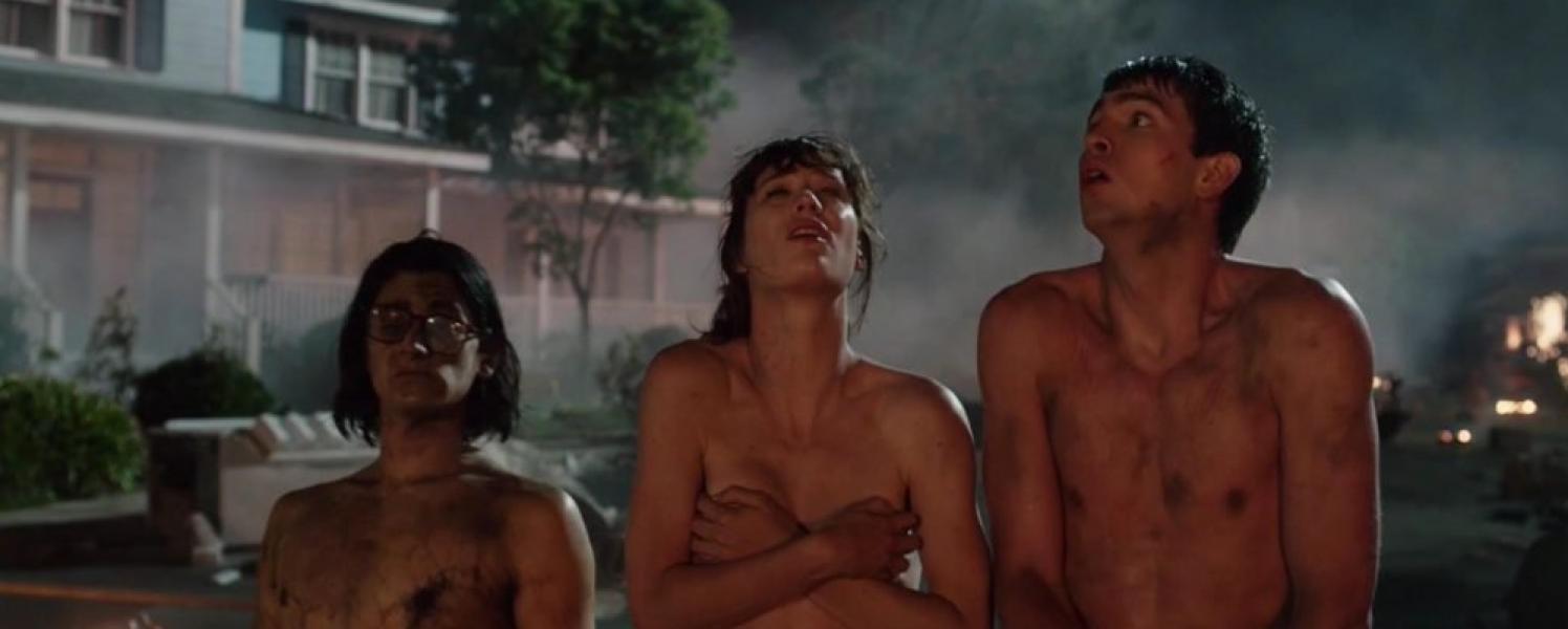 Mackenzie Davis Nude Freaks of Nature 3