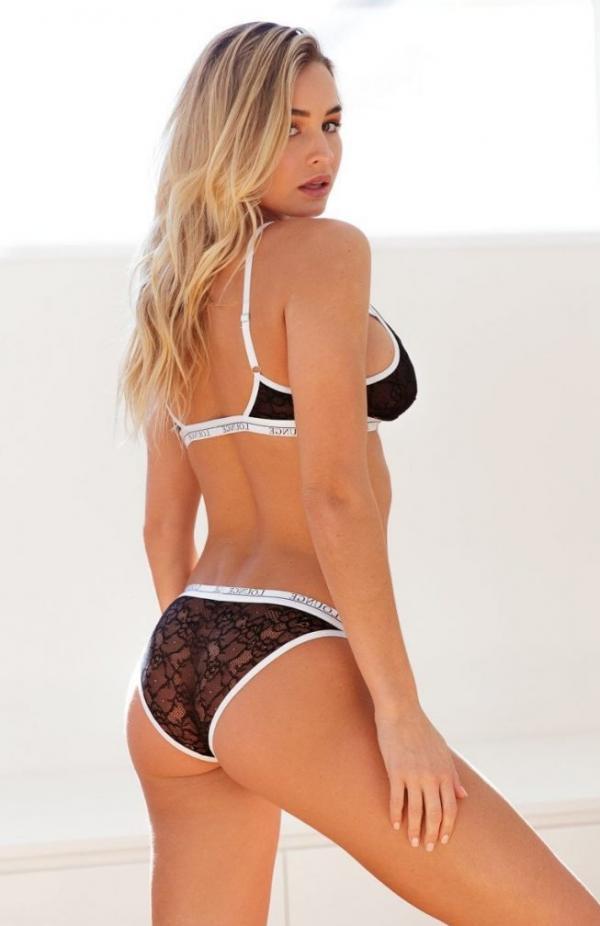 Madi Edwards Sexy Topless Photos 100