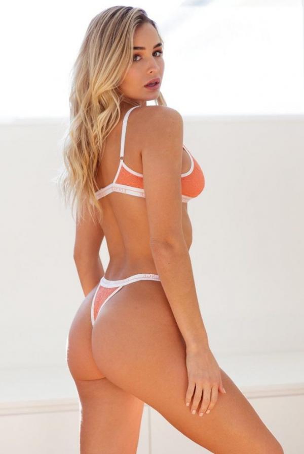 Madi Edwards Sexy Topless Photos 164