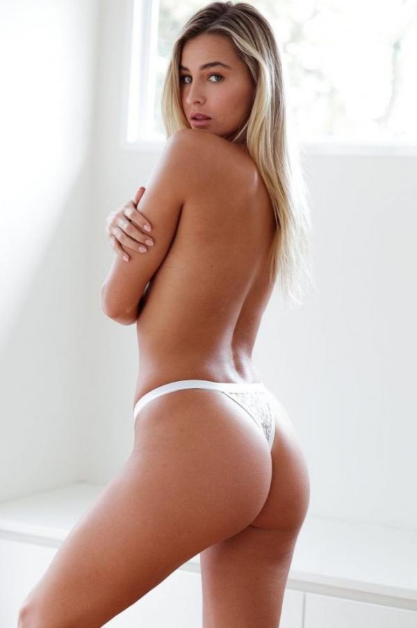 Madi Edwards Sexy Topless Photos 219