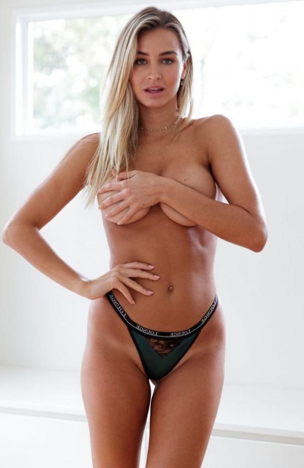 Madi Edwards Sexy Topless Photos 225
