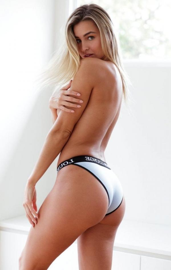 Madi Edwards Sexy Topless Photos 46