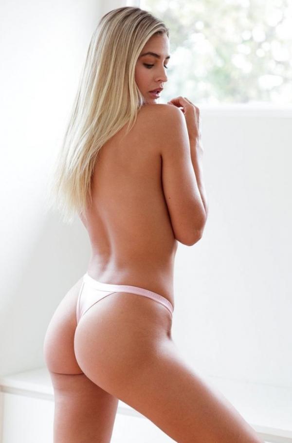 Madi Edwards Sexy Topless Photos 51