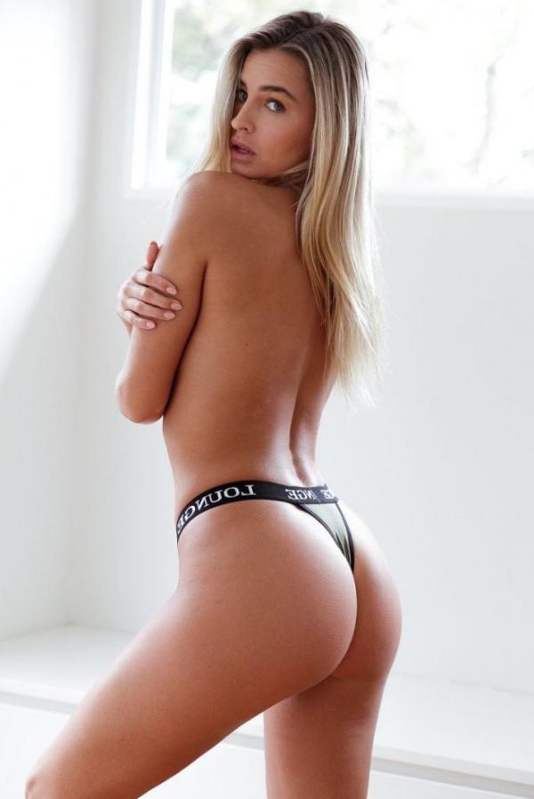 Madi Edwards Sexy Topless Photos 60