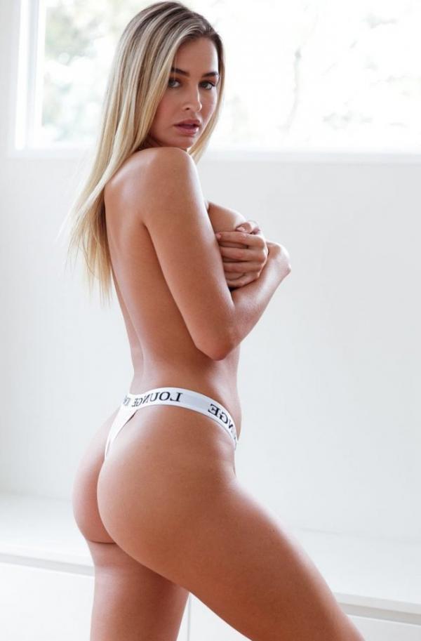 Madi Edwards Sexy Topless Photos 65