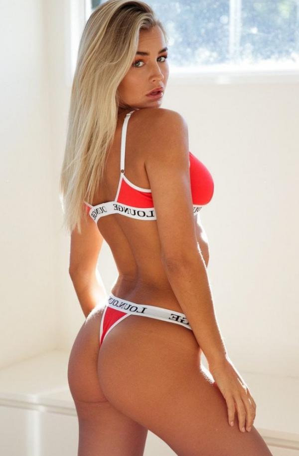 Madi Edwards Sexy Topless Photos 90