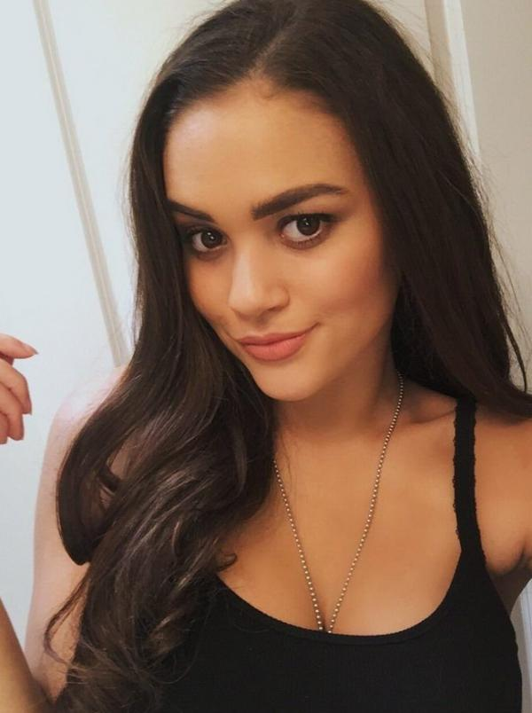 Madison Pettis Sexy Photos 5