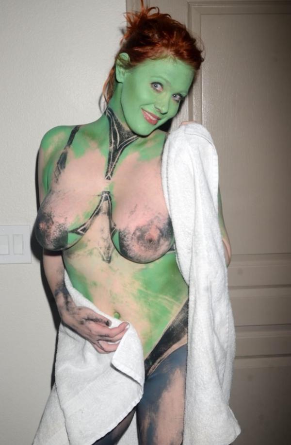 Maitland Ward Nude Photos 108