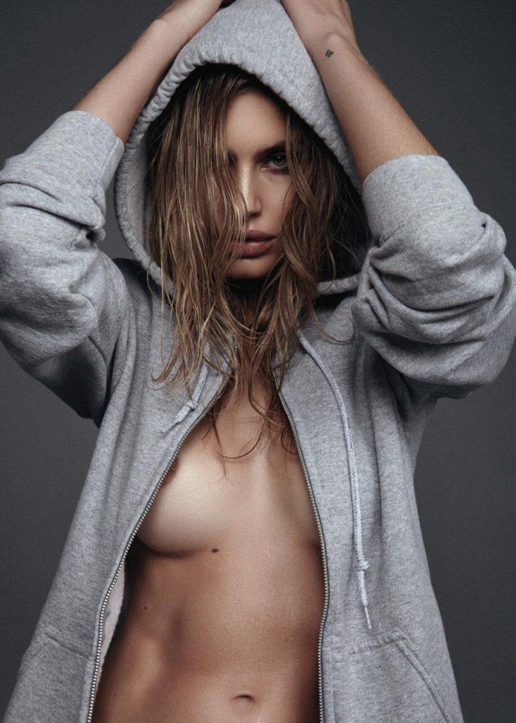 Maja Krag Topless Sexy 3