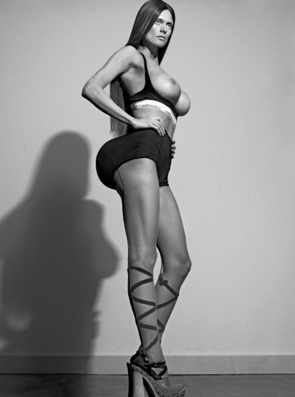 Malgosia Bela Nude